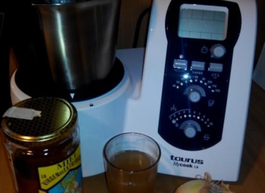 Jarabe para la tos de cebolla y miel